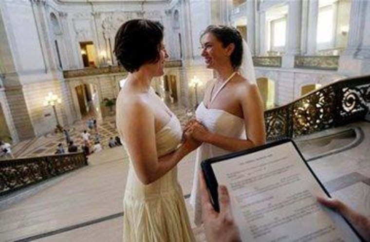 IRS will recognize same-sex marriages, even if states do not