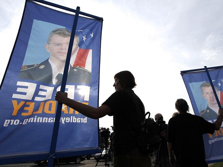 Chelsea Manning - Irin Carmon - 08/27/2013