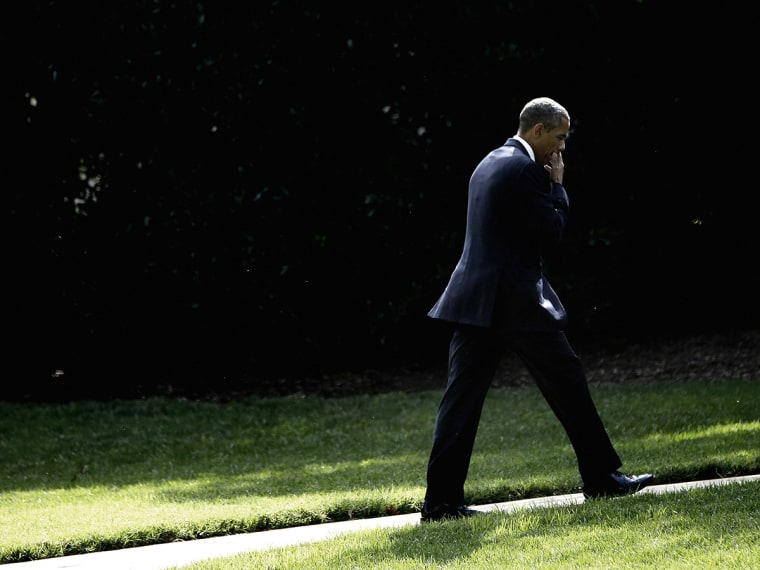 Obama Arrives Back To White House After Trip To Tennessee