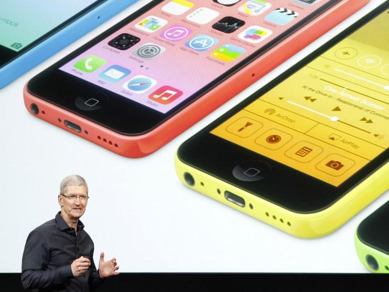 Apple CEO Tim Cook reveals new iPhone - Abby Borowitz - 09/11/2013