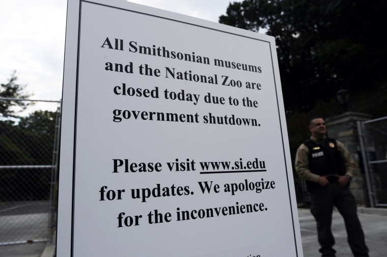 A closure sign posted at the parking entrance of the National Zoo in Washington, DC, on October 1, 2013.
