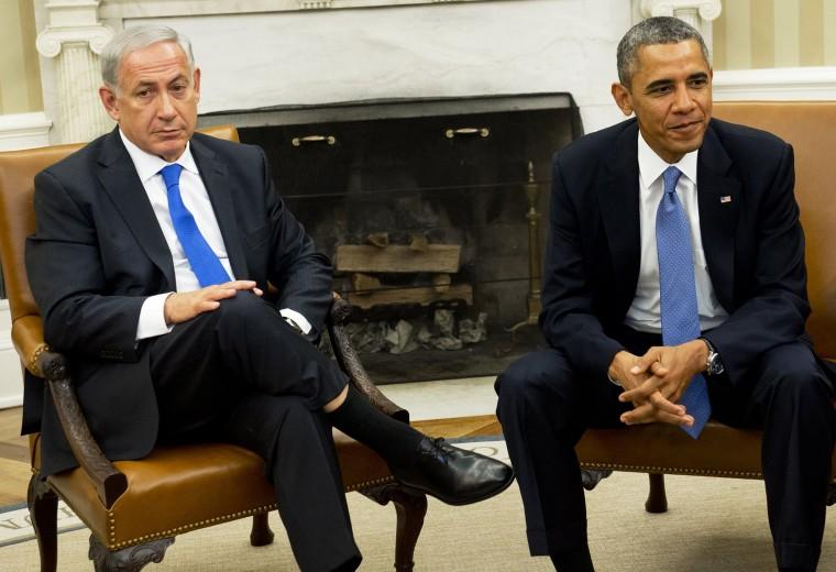 US President Barack Obama and Israeli Prime Minister Benjamin Netanyahu meet in the Oval Office of the White House, Sept. 30, 2013.