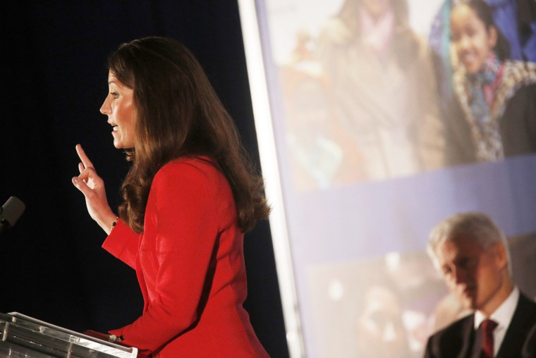 Kentucky Democratic Senate Candidate Alison Lundergan Grimes delivers remarks before introducing former U.S. President Bill Clinton during a campaign event, Feb. 25, 2014.
