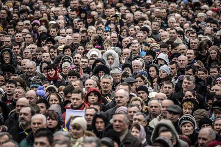 People attend a rally against Russia in Kiev's Independence square on March 2, 2014.