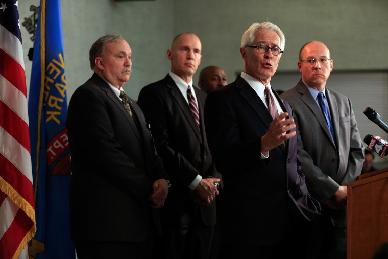 Three Killed As Gunman Attacks Jewish Centers In Kansas