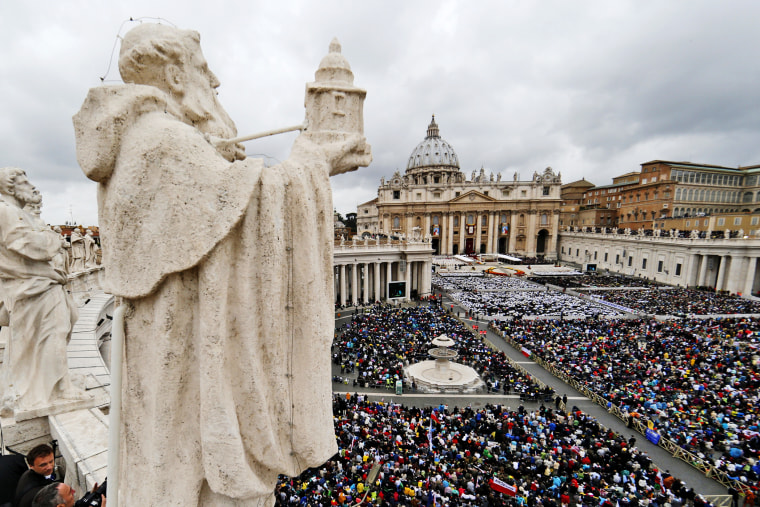 A general view shows St. Peter's Square during the canonisation ceremony of Popes John XXIII and John Paul II at the Vatican April 27, 2014.
