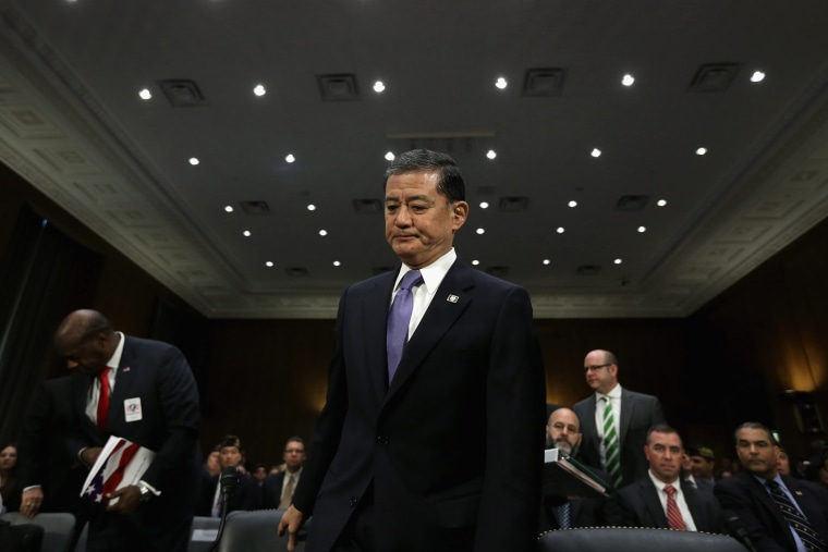Veterans Affairs Secretary Eric Shinseki arrives to testify before the Senate Veterans' Affairs Committee, May 15, 2014 in Washington, D.C.