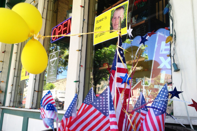 Flags and balloons marking the release from captivity of Sgt. Bowe Bergdahl adorn the sidewalk outside a shop in the soldier's hometown of Hailey, Idaho, June 4, 2014.