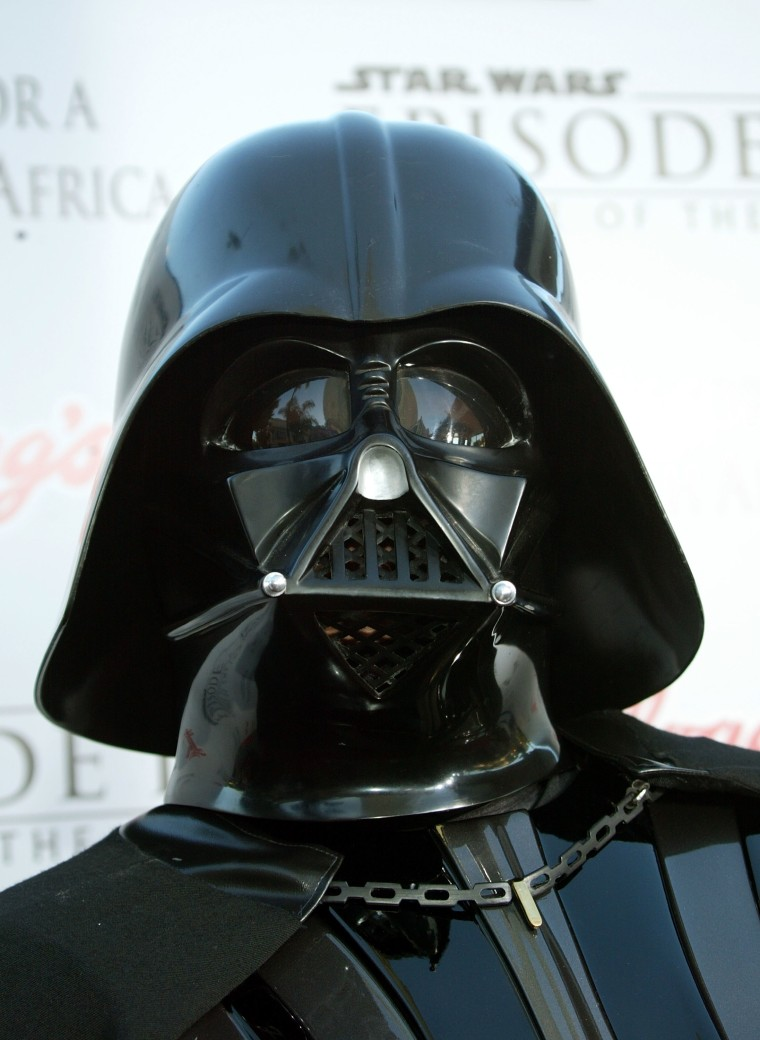 """""""Star Wars Episode III - Revenge Of The Sith"""" Los Angeles Premiere - Arrivals"""