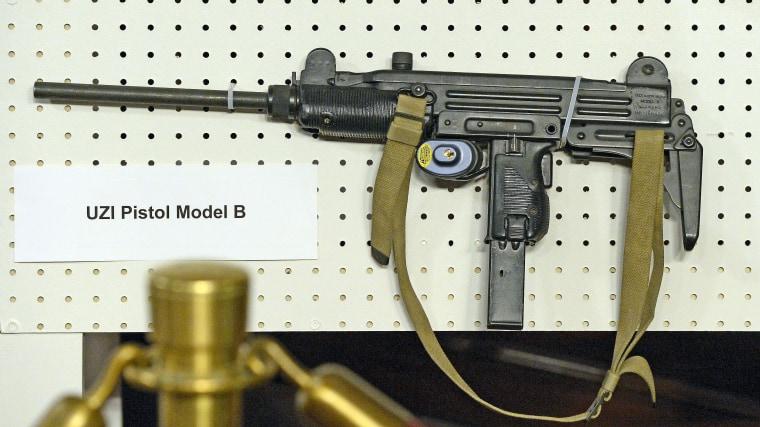 An UZI Pistol Model B