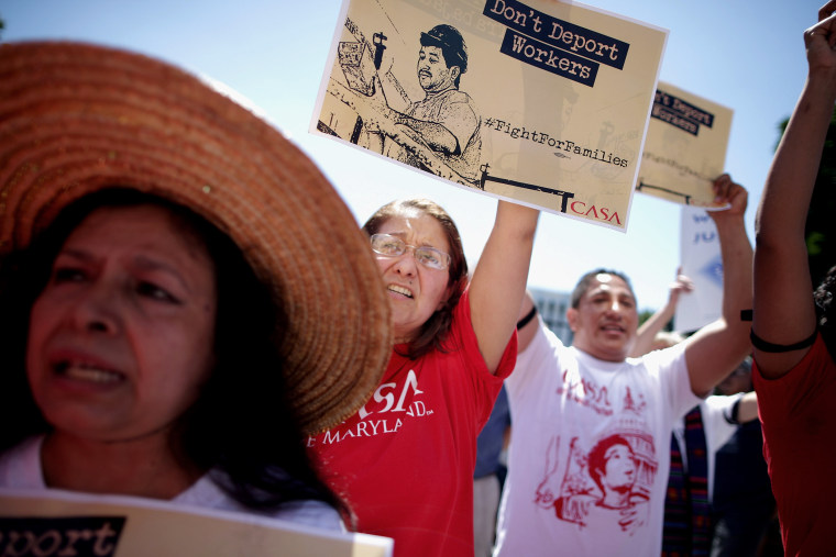 More than 300 demonstrators march from the Immigration and Customs Enforcement headquarters to the White House to demand that President Barack Obama halt deportations Aug. 28, 2014 in Washington, DC. (Chip Somodevilla/Getty)