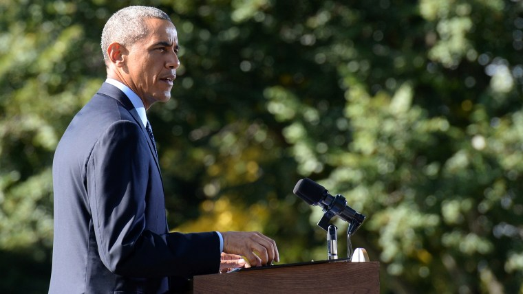 US President Barack Obama delivers remarks on airstrikes against Islamic State (IS) targets in Syria from the White House South Lawn September 23, 2014 in Washington, DC.