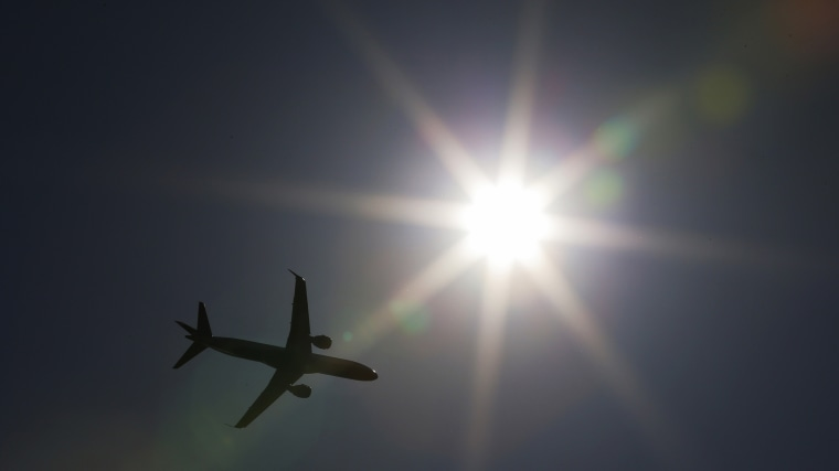 A commercial airliner takes off from Logan airport in Boston, Mass. (Photo by Brian Snyder/Reuters)