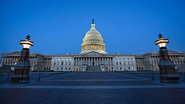The U.S. Capitol is pictured at dawn in Washington D.C. on Oct. 15, 2013. (Photo by Jim Lo Scalzo/EPA)