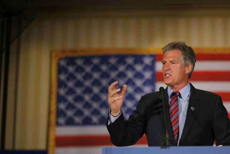 Republican candidate for the U.S. Senate Scott Brown speaks to supporters after winning the Republican primary in Concord, New Hampshire on Sep. 9, 2014. (Brian Snyder/Reuters)