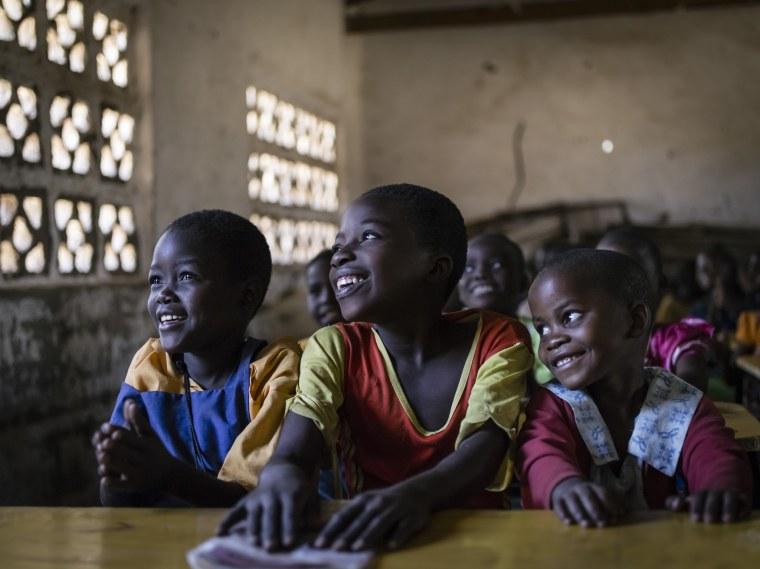 UNICEF school programme in Malawi / Programme UNICEF dans les écoles au Malawi