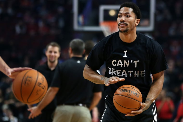 Chicago Bulls guard Derrick Rose wears a shirt reading ''I Can't Breathe'' while warming up for a game against the Golden State Warriors on Dec. 6, 2014 at the United Center in Chicago. (Chris Sweda/TNS/Zuma)