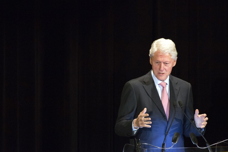 Former U.S. President Bill Clinton speaks at an event in New York, N.Y. on Nov. 6, 2013. (Photo by Andrew Kelly/Reuters)