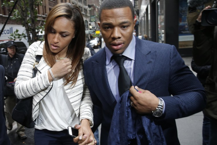 Former Baltimore Ravens NFL running back Ray Rice and his wife Janay arrive for a hearing at a New York City office building on Nov. 5, 2014.