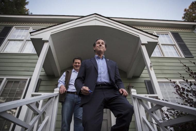 Former Senator Rick Santorum (R) campaigns for Republican Senator Thom Tillis in Raleigh, N.C. on Nov. 4, 2014. (Photo John Taggert/EPA)