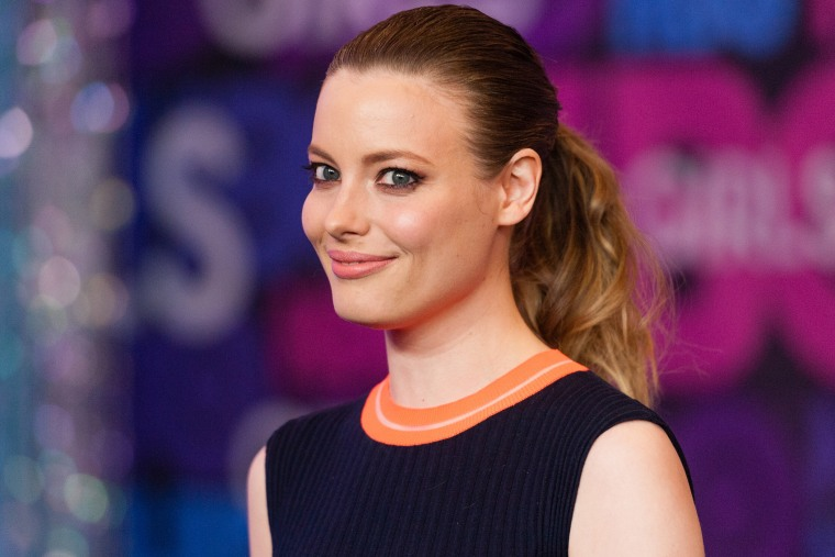 """Gillian Jacobs attends the """"Girls"""" Season Four Premiere at the American Museum of Natural History on Jan.5, 2015 in New York City."""