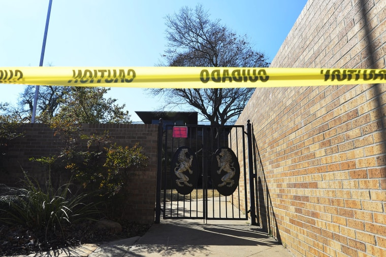 A view of the locked gates at the closed and abandoned Sigma Alpha Epsilon, SAE fraternity house on the campus of Oklahoma University in Norman, Okla., on March 11, 2015. (Photo by Larry W. Smith/EPA)