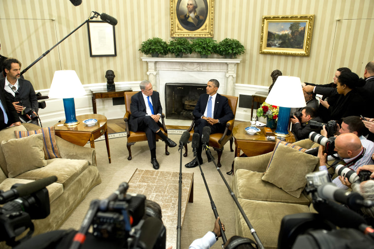 US-ISRAEL-POLITICS-OBAMA-NETANYAHUUS President Barack Obama (R) and Israeli Prime Minister Benjamin Netanyahu hold a meeting in the Oval Office of the White House in Washington, D.C., Sept. 30, 2013. (Photo by Saul Loeb/AFP/Getty)