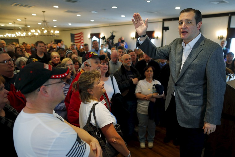Republican presidential candidate U.S. Senator Ted Cruz (R-TX) speaks during a campaign stop at the V.F.W. Hall in Merrimack, N.H. on March 27, 2015. (Photo by Brian Snyder/Reuters)