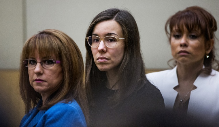 Jodi Arias watches the jury enter the courtroom for her sentencing phase retrial in Phoenix, Arizona, March 5, 2015. The jury failed to reach a verdict, sparing the former waitress from the death penalty. (Photo by Tom Tingle/Reuters)