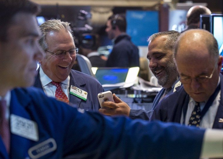 Traders work on the floor of the New York Stock Exchange on May 14, 2015. (Photo by Brendan McDermid/Reuters)