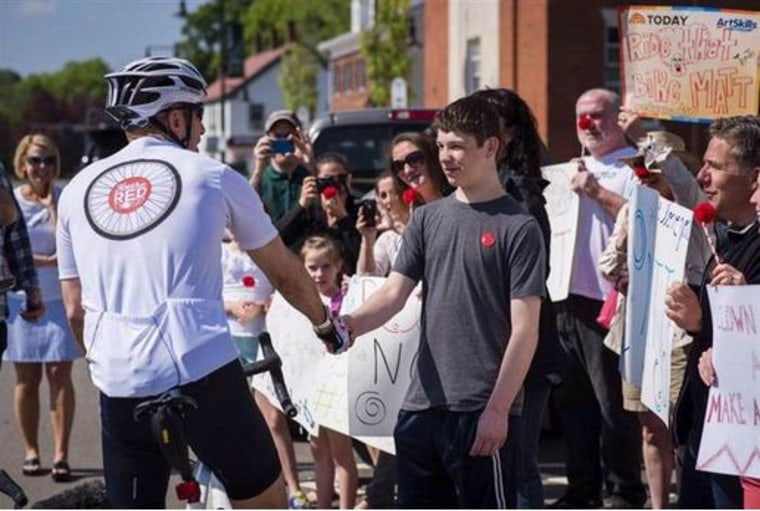 Matt meets 13-year-old Dylan on his Red Nose Day bike ride.