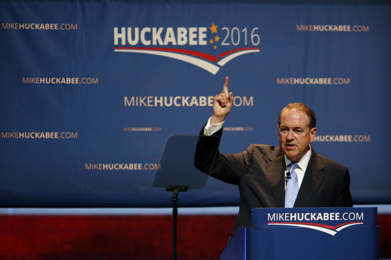 Mike Huckabee, former governor of Arkansas, announces he will seek the Republican presidential nomination at Hempstead Hall in Hope, Arkansas, U.S., May 5, 2015. (Photo by Luke Sharrett/Bloomberg/Getty)
