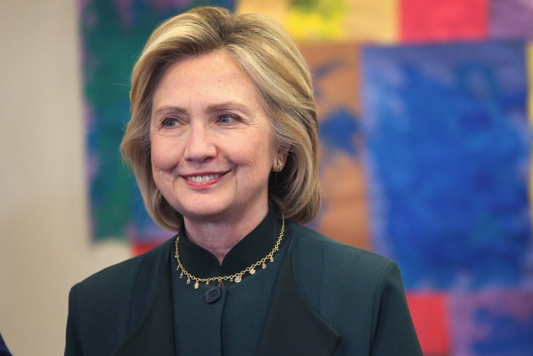 Democratic presidential hopeful and former Secretary of State Hillary Clinton arrives for a meeting on May 20, 2015 in Chicago, Illinois.