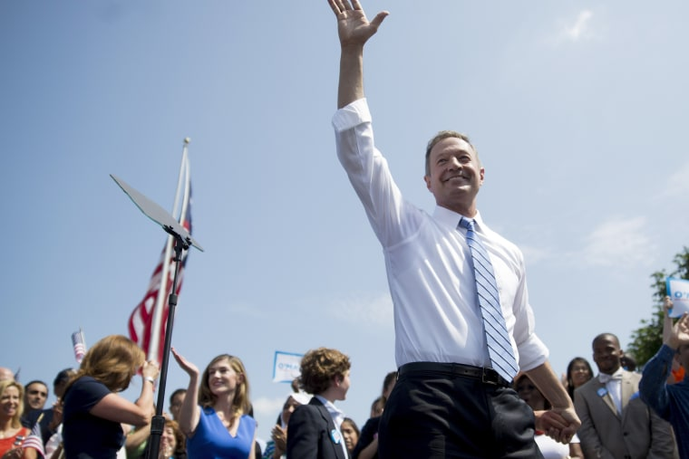 Martin O'Malley, former governor of Maryland, waves to the crowd after announcing he will seek the Democratic presidential nomination in Baltimore, Md. on May 30, 2015. (Photo by Andrew Harrer/Bloomberg/Getty)