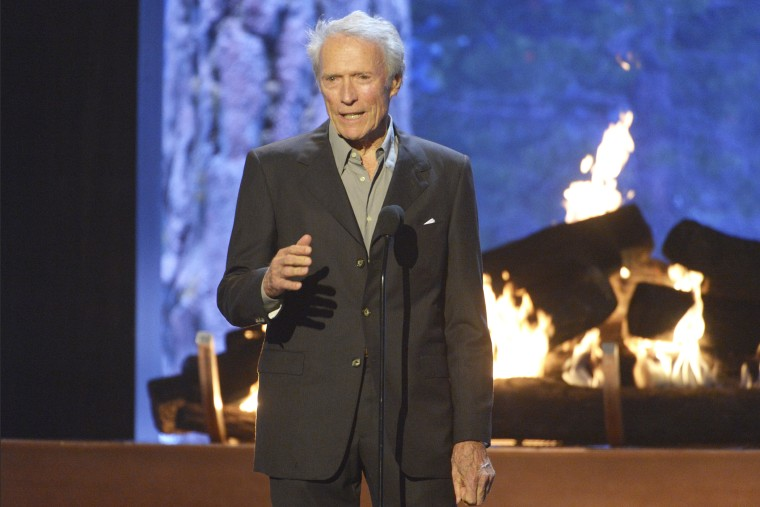 Clint Eastwood speaks at the 2015 Spike TV's Guys Choice Awards at Sony Studios on June 6, 2015, in Culver City, Calif. (Photo by Phil McCarten/Invision/AP)