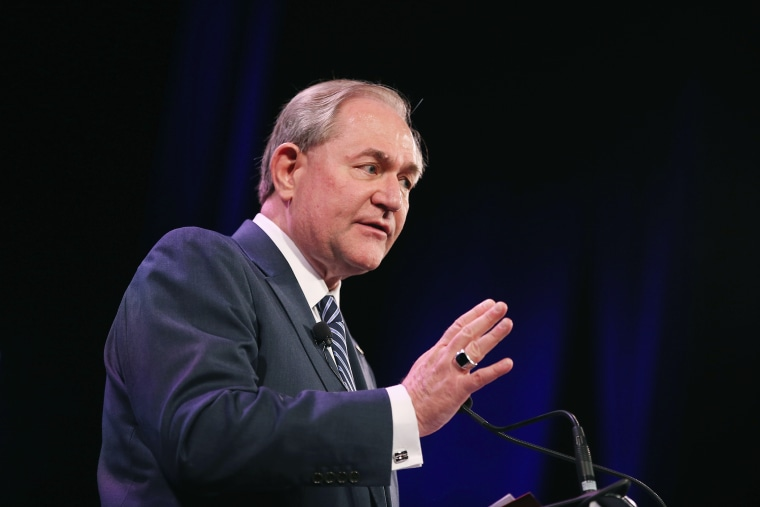 Former Virginia Gov. Jim Gilmore speaks to guests at the Iowa Freedom Summit on Jan. 24, 2015 in Des Moines, Iowa. (Photo by Scott Olson/Getty)