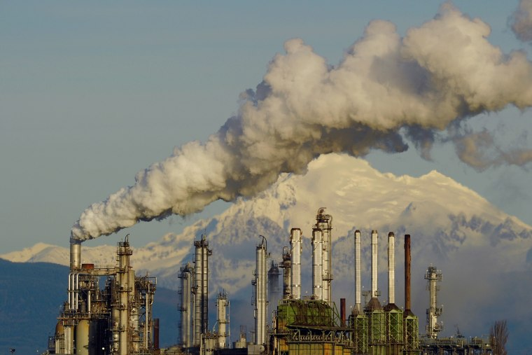 Oil refinery in Anacortes, Wash., on Jan 20, 2015. (Photo by Kevin Schafer/Moment/Getty)