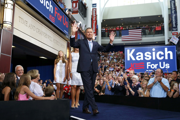 Republican U.S. presidential candidate and Ohio Governor John Kasich arrives on stage to formally announce his campaign for the 2016 Republican presidential nomination during a kickoff rally in Columbus, Ohio July 21, 2015. (Aaron P. Bernstein/Reuters)