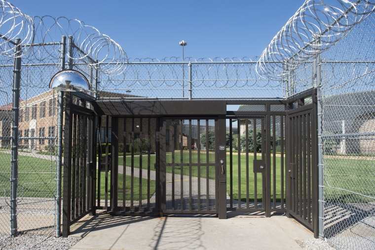The entrance to El Reno Federal Correctional Institution in El Reno, Oklahoma, July 16, 2015, as US President Barack Obama arrives for a visit. (Photo by  Saul Loeb/AFP/Getty)