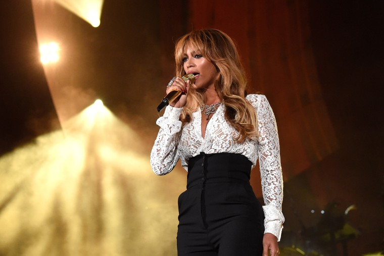 2014 Global Citizen Festival In Central Park To End extreme Poverty By 2030 (Photo by Kevin Mazur/Getty)