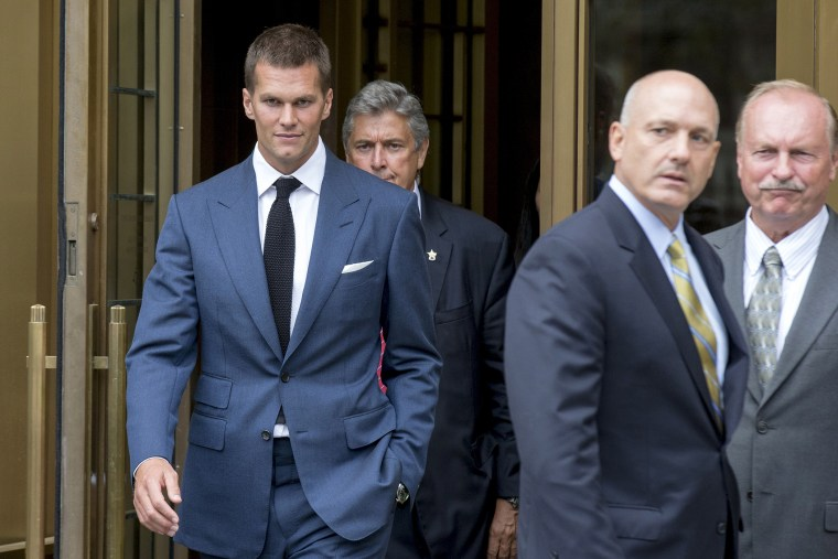 New England Patriots quarterback Tom Brady exits the Manhattan Federal Courthouse in N.Y. on Aug. 31, 2015. (Photo by Brendan McDermid/Reuters)