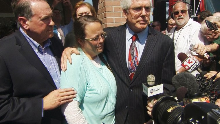 Kentucky Clerk Kim Davis and her attorney, along with Gov. Mike Huckabee, appeared before cameras after her release from jail.