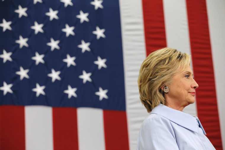 U.S. Democratic presidential candidate Hillary Clinton waits to answer questions from reporters in Durham, NH., Sept. 18, 2015. (Photo by Brian Snyder/Reuters)