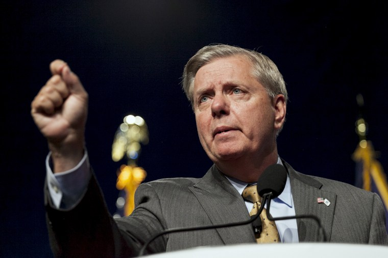 U.S. Republican presidential candidate Lindsey Graham speaks at the the Iowa Faith and Freedom Coalition Forum in Des Moines, Ia., Sept. 19, 2015. (Photo by Brian C. Frank/Reuters)