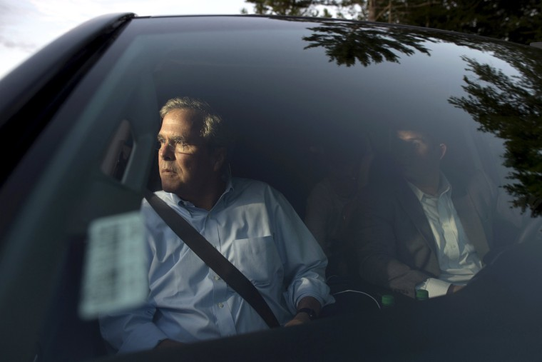 Republican presidential candidate Jeb Bush leaves following a town hall gathering at Turbocam International in Barrington, N.H., on Aug. 7, 2015. (Photo by Gretchen Ertl/Reuters)