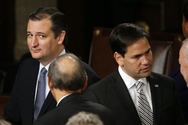 Republican U.S. presidential candidate and Senator Ted Cruz looks over at rival candidate Senator Marco Rubio after Pope Francis' address on Capitol Hill in Washington, DC. Sept. 24, 2015. (Photo by James Lawler Duggan/Reuters)