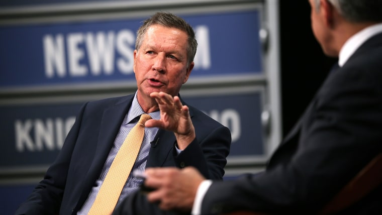 Republican U.S. presidential hopeful and Ohio Governor John Kasich speaks at the Newseum on Oct. 6, 2015 in Washington, DC. (Photo by Alex Wong/Getty)