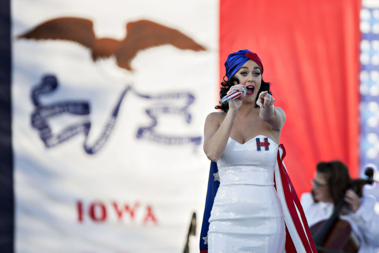 Singer Katy Perry performs during a rally for Hillary Clinton ahead of the Jefferson-Jackson Dinner in Des Moines, Ia., Oct. 24, 2015. (Photo by Daniel Acker/Bloomberg/Getty)