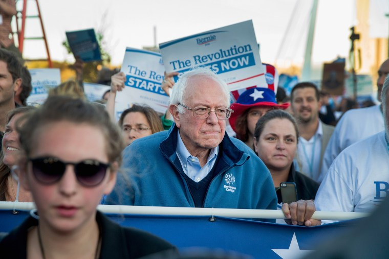 Democratic presidential candidate Senator Bernie Sanders (I-VT) leads a march to the Iowa Events Center before the start of the Jefferson-Jackson dinner on Oct. 24, 2015 in Des Moines, Ia. (Photo by Scott Olson/Getty)