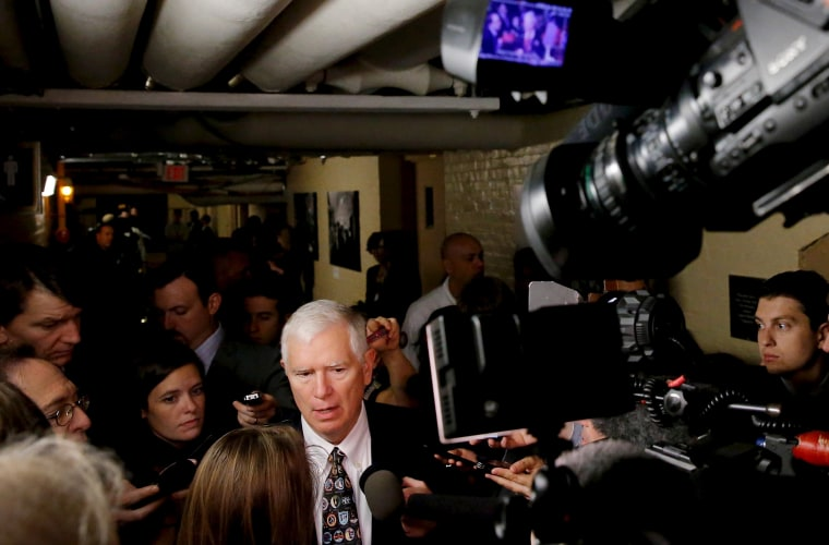 U.S. Representative Mo Brooks (R-AL), a member of the Freedom Caucus, speaks with reporters following a House Republican caucus meeting at the U.S. Capitol in Washington, Oct. 21, 2015. (Photo by Jonathan Ernst/Reuters)